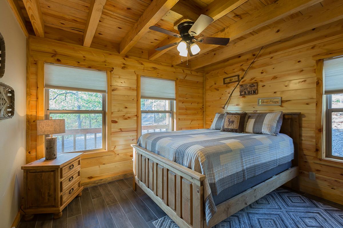 cabin-rental-bunk-room